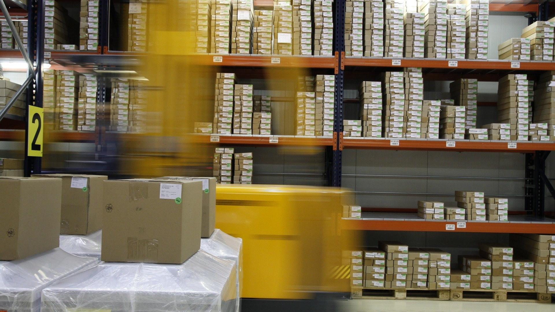 jak zapakować i zabezpieczyć przesyłkę