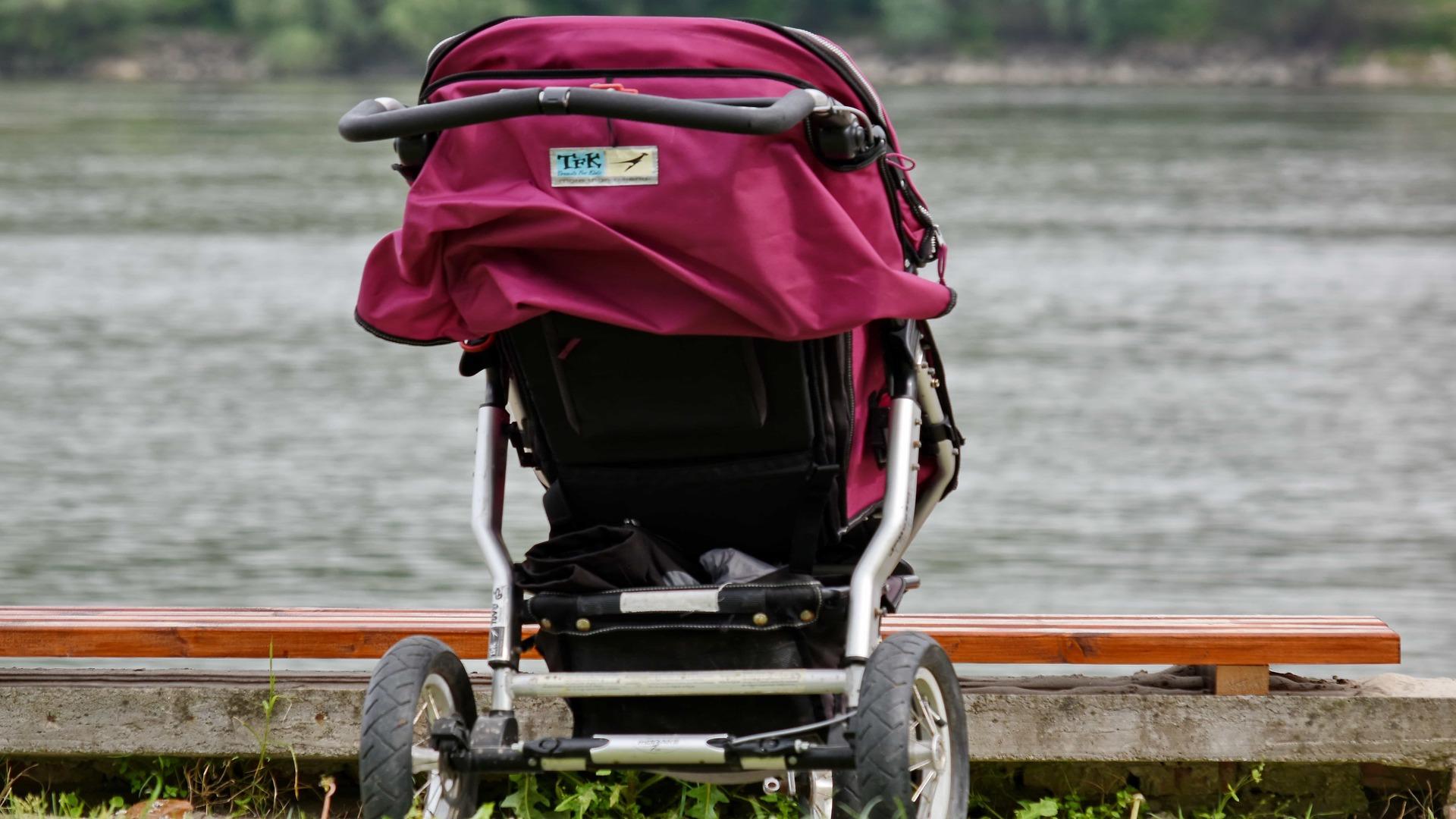 zapakować wózek dziecięcy