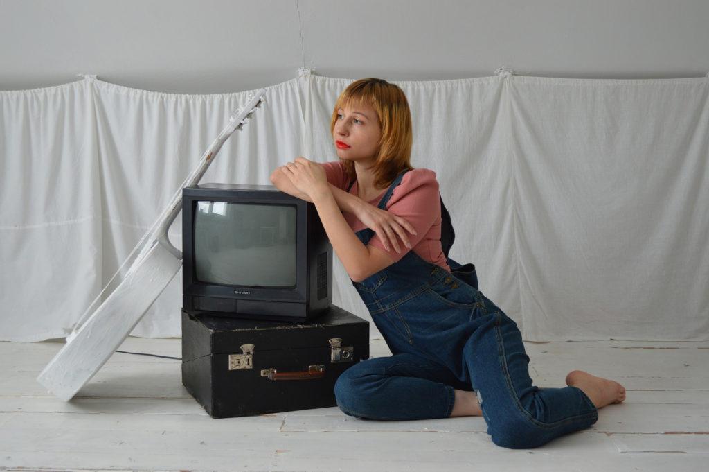 jak wysłać telewizor kurierem